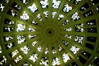 Spectacular domed glazed roof